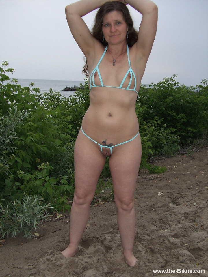 bikini with no strings